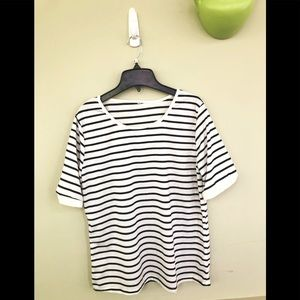Plain Stripe Black and White; XL